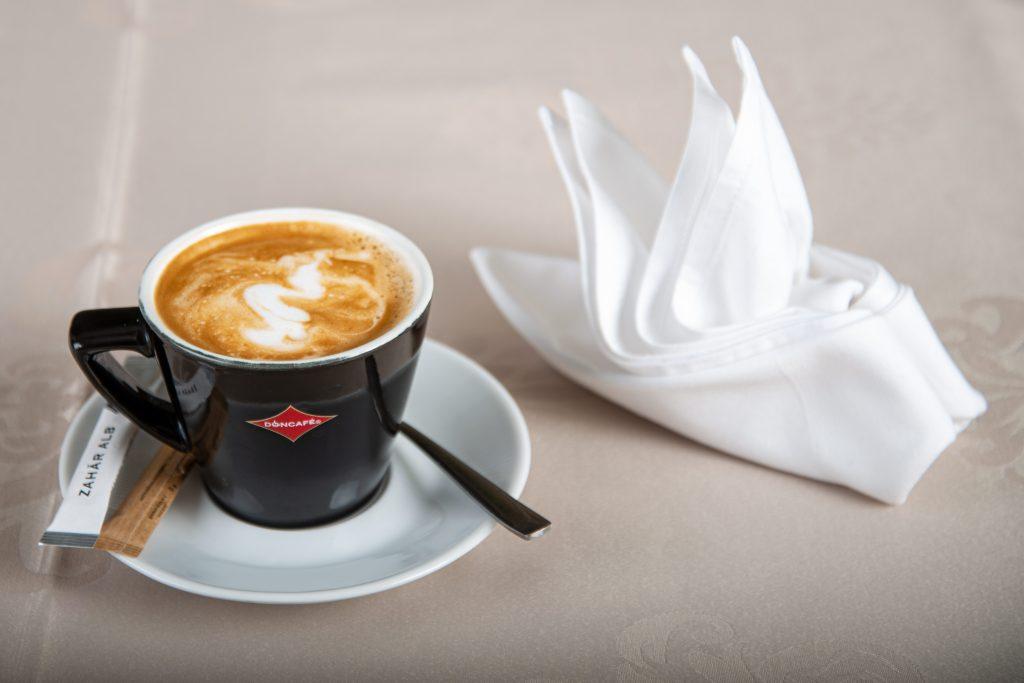 Incepe-ti ziua cu un Cappuccino - Un Cappuccino servit pe malul Deltei Dunarii